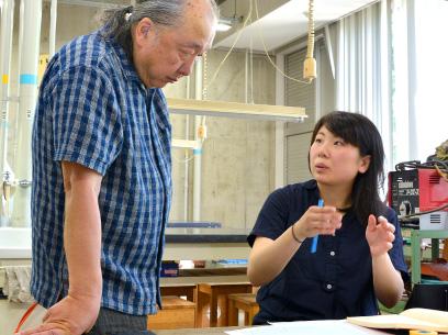 伝統工芸技術のデザインから造形まで、第1級の作家・技術者から学べる、「ものづくり人材養成スクール」。